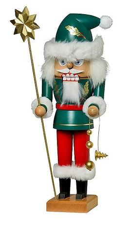 Irish Santa Nutcracker – 12.0″