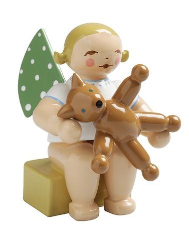 Calendar Figurine, 2017, Angel With Teddy Bear