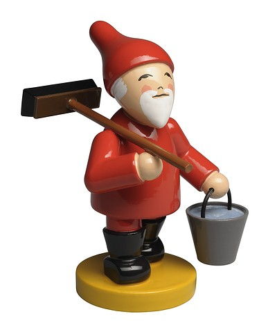 Gnome With Broom And Bucket – 2.5″