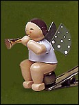 Angel With Small Trumpet On Clip –